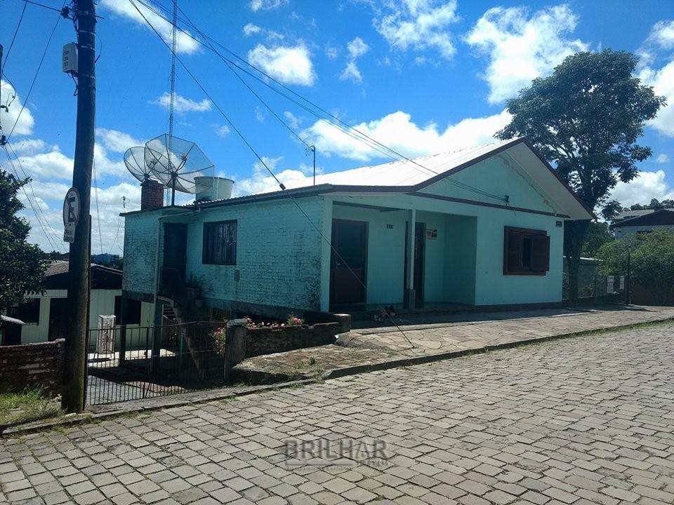 Casa mista 4 dormitórios bairro São Ciro Caxias