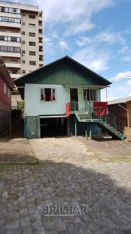 Casa 3 dormitórios no centro de Caxias do Sul